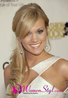 Carrie Underwood smokey eyes. She is so beautiful