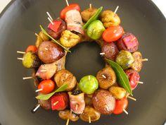 100 ιδεες για μεζεδακια daddy-cool.gr Food Network Recipes, Cooking Recipes, The Kitchen Food Network, Party Finger Foods, Yummy Food, Yummy Yummy, Yummy Recipes, Potato Salad