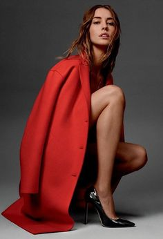 Nadja Bender by Cass Bird for Jimmy Choo Pre-Fall 2016 Ad Campaign. High Fashion Poses, Fashion Model Poses, Fashion Models, High Fashion Shoots, Fashion Beauty, Golf Fashion, Fashion Clothes, Poses Pour Photoshoot, Style Photoshoot