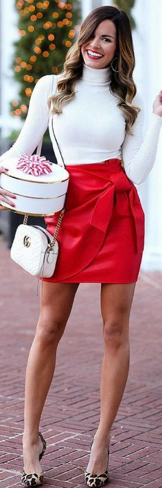 This post contains the newest Christmas outfit ideas. These ideas will inspire to pull together an extremely attractive Christmas outfit. Fall Winter Outfits, Holiday Outfits, Autumn Winter Fashion, Fall Fashion, Sexy Outfits, Cute Outfits, Fashion Outfits, Womens Fashion, School Looks
