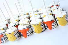 Buy online on Etsy! Delicious Chocolate dipped Marshmallow Pops with Winnie the Pooh & Tigger themed handmade edible decoration! Perfect for Pooh-themed birthdays, Tigger themed birthday or baby shower, Winnie the Pooh birthday favors or dessert, or a Pooh themed school event!