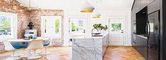 Имитация кирпичной стены: трендовые варианты отделки и 70+ вдохновляющих идей для дома http://happymodern.ru/imitaciya-kirpichnoj-steny-foto/ kirpichnaya_stena_imitatsiya