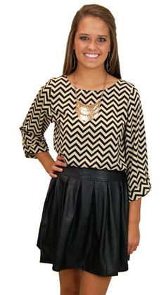 Box Office Skirt, Black $54  www.shopbluedoor.com Loveee the whole outfit!!