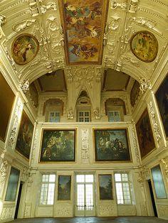 Palazzo - Reggia Venaria Reale - Near Turin, Italy - architect Amedeo di Castellamonte 1675  #Baroque #Interiors