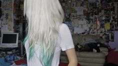 white to light teal ends. I got a very similar result after I had lavender dip dye. I touched up my roots, used wella t18 toner all over and my faded lavender turned a lighter shade of this beautiful sea foam green. Loved it!
