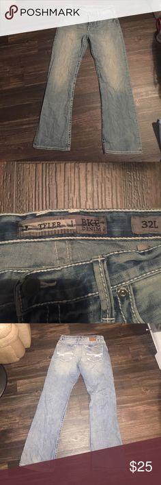 BKE DENIM (Tyler) Men's BKE Denim (Tyler) 32x43 inseam 33  in great condition Buckle Jeans Relaxed