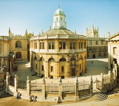 Sheldonian Theatre, Oxford  built 1664-8 to a design by Sir Christopher Wren