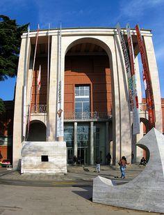 Milano – Palazzo della Triennale #TuscanyAgriturismoGiratola