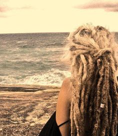 Ive always wanted dreads.I'm a Rasta girl at heart. Blonde Dreads, Dreads Rasta, Dreads Girl, Dreadlock Rasta, Dreads Man, Thick Dreads, Hippie Dreads, Natural Dreads, Blonde Hair