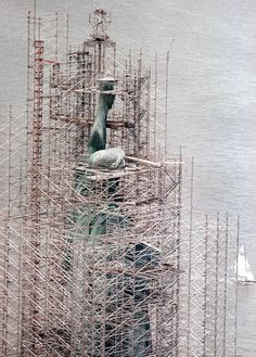 scaffoldage:  Statue of Liberty during restoration, 1985(AP Photo/Richard Drew)