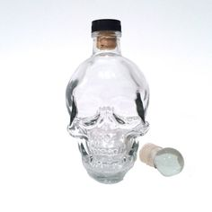 Skull gifts and home decor. If you or someone you know loves everything skulls then this super cool vase/decanter is a great present option. Skull And Bones, Man In Love, Decanter, Cool Gifts, Gifts For Him, Skulls, Crystals, Cool Stuff, Glass