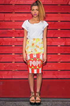 Be hot to pop in this fun all over printed skirt! Whether you like yours salty or sweet, this Popcorn print skirt will definitely make any outfit pop! Team with our Popcorn tee for a truly eye popping outfit!Designed and printed in the UK. Crazy Outfits, Cool Outfits, Printed Skirts, London Fashion, Beautiful Outfits, Midi Skirt, Cool Style, Autumn Fashion, Style Inspiration