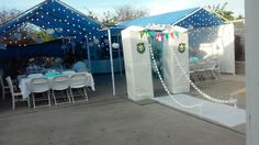 Frozen party tent decorated using inexpensive supplies