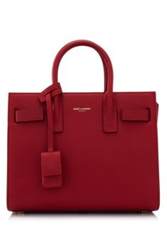 Find tips and tricks, amazing ideas for Burberry handbags. Discover and try out new things about Burberry handbags site Hermes Handbags, Fashion Handbags, Purses And Handbags, Fashion Bags, Ladies Handbags, Backpack Handbags, Travel Fashion, Womens Purses, Red Fashion