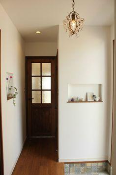 ニッチ House 2, House Rooms, Tiny House, Entry Hall, Entrance, Room Lights, Mudroom, Entryway, Doors