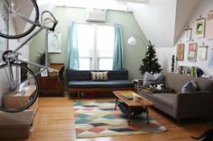 Meg & Brad's Student Sanctuary --> two couch set-up that works
