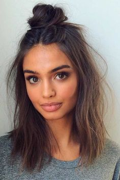 24 Hairstyles for Medium Length Hair: Choose Your Perfect Look Explore these modern hairstyles for medium length hair and choose the one to complete your look perfectly. The range is really versatile as there are a lot of cuts for this length. http://glaminati.com/perfect-hairstyles-for-medium-length-hair/