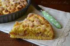 Crostata ripiena di mele, crostata fatta in casa, crostata con mele, mele nel ripieno, frutta nel dolce