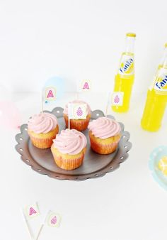 DIY Address Label Cupcake Toppers: This adorable and easy DIY inspiration will be sure to add just the right amount of sweetness to any cupcake treat. @ajoyfulriot