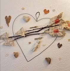 Cupids arrows and hearts for Valentine's Day Valentine Ideas, Valentine Day Crafts, Vintage Valentines, Be My Valentine, Holiday Crafts, Hallmark Holidays, Happy Holidays, Beautiful Hearts, Sweet Hearts