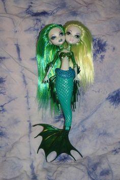 Monster High custom ooak siren 2 headed mermaid.  (it has a barbie mermaid tail and monster high upper boddy)