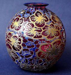 Timothy Harris Isle of Wight Studio Glass Graal  Red Globular Vase Gold Flowers http://www.bwthornton.co.uk/isle-of-wight-richard-golding-bath-aqua-glass.php