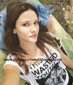 Paramparça Dizisi Hazal (Alina Boz) Kimdir - Kaç Yaşında - Nereli - Boyu - Kilosu - diziveoyuncuları