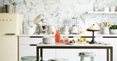 21 Things a Good Hostess Always Has in Her Apartment #purewow