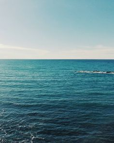 A good photo is a big smile. #unangeloinviaggio  Edit with @vscoG3  #italia #italy #calabria #vsco #vscocam #vscoitaly #landscape #landscapephotography #landscape_captures #landscape_lovers #amazing #awesome #bestoftheday #beautiful #beautifuldestination #photography #photo #photooftheday #travel #traveling #trip #adventure #nature #naturelovers #sea #igersoftheday #sky