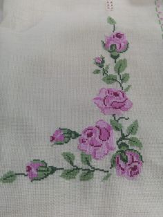 Vintage tablecloth - cross stitched - roses and flourishes Cross Stitch Heart, Cross Stitch Borders, Cross Stitch Flowers, Cross Stitch Designs, Cross Stitching, Cross Stitch Embroidery, Hand Embroidery, Cross Stitch Patterns, Palestinian Embroidery