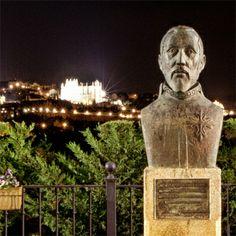 """Los poetas del Cigarral del Ángel... """"Estaba puesta en la sublime cumbre del monte, y desde allí por él sembrada, aquella ilustre y clara pesadumbre de edificios antiguos adornada"""" Garcilaso de la Vega en #Toledo"""