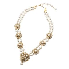Stanley Hagler N.Y.C. Pearl Button Flowers Necklace