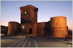 Piccolomini Castle, Ortucchio (L'Aquila) Abruzzo, Italia