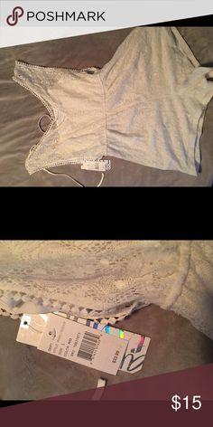 White lace romper NWT very pretty lace romper Shorts