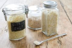 Citrus Salt // Give this with a nice bottle of tequila and your favorite go-to margarita recipe! #gift #holiday #recipe
