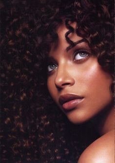 Boisterous curly hairstyle for African American women