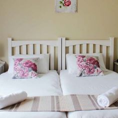 Smithland Guest Apartments - Cape Town Self Catering 29 Hans Strydom Street Parow North Contact person: ARLENE BRINK Call: +27 (0) 21 930 6127 Email: reservations@smithland.co.za Smithland Guest Apartments ranked 3-stars, offer you all the convenience and luxury of a guesthouse. Breakfast lunch and dinner by arrangement. Shuttle available on request. Credit Cards accepted. #Smithland #accommodation #Selfcatering #25units #shuttle #secure Cape Town Accommodation, Credit Cards, South Africa, Toddler Bed, The Unit, Dinner, Luxury, Furniture, Home Decor