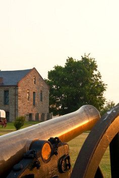 Fort Smith National Historic Site is a National Park in Fort Smith. Plan your road trip to Fort Smith National Historic Site in AR with Roadtrippers. Drive Across America, Fort Smith Arkansas, Indian Territory, Trail Of Tears, Hampton Inn, Historical Sites, Hot, National Parks, Cherokee Indians