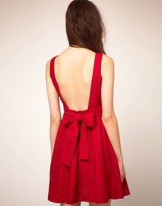 red dress bow