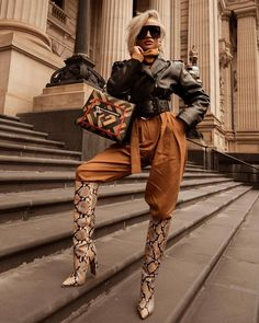 Just being casual. Black Girl Fashion, 70s Fashion, Korean Fashion, Fashion Brands, Winter Fashion, Fashion Outfits, Womens Fashion, Fashion Boots, Paris Fashion