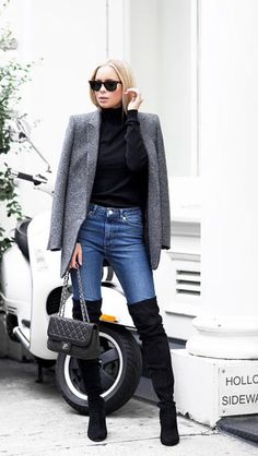 Victoria Tornegren - High boots