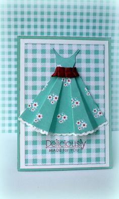 paper dress and pattern