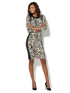 I normally am not a fan of zebra, but I like this
