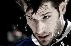Ryan Kesler Ryan Kesler, Hot Hockey Players, Missing Teeth, Pittsburgh Penguins, Skates, Gorgeous Men, Nhl, How To Look Better, Entertainment