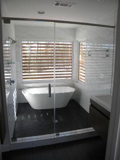 Great Spray Panel Shower Doors