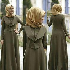 Image may contain: 2 people, people standing Iranian Women Fashion, Islamic Fashion, African Fashion, Abaya Fashion, Fashion Dresses, Moslem Fashion, Hijab Style Dress, Modele Hijab, Arabic Dress