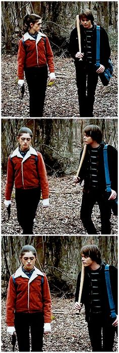 Just wanna steal both their outfits Nancy Stranger Things, Stranger Things Jonathan, Johnathan Byers, Jonathan And Nancy, Big Scary, Couples Cosplay, Costume Design, Halloween Costumes, Tv Shows