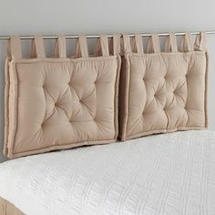 Coussin tête de lit SCENARIO How To Make Pillow Covers Whether you have long-standing arts and craft Headboards For Beds, Creative Headboard, Bed Pillows, Bedroom Decor, Headboard, Bed, Bed Linen Online, Bedroom Furniture, Small Bedroom