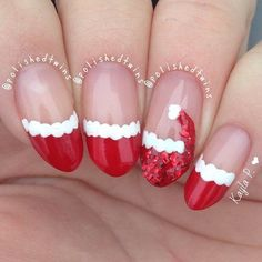 Christmas Nails – Festive Christmas Nail Designs for An outstanding Christmas nail art can h… Creative Nail Designs, Toe Nail Designs, Creative Nails, Christmas Nail Art Designs, Holiday Nail Art, Easy Christmas Nail Art, Santa Hat Nails, Nail Art Noel, Uñas Fashion