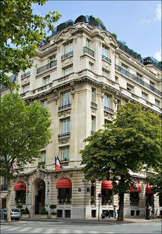"""Hotel Raphael, Paris. Audrey Hepburn's hotel of choice when staying in the """"City of Lights."""" Sigh!"""